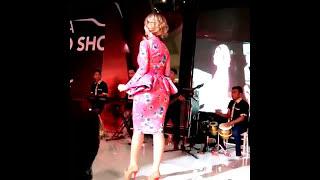 HEBOH INILAH VIDEO BOKONG SASKIA GOTIK DI CIUM PRIA | GOYANG ITIK
