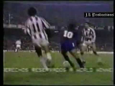 Maradona amazing soccer and dribble skills part 1