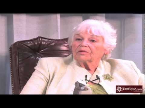 Part 1 - JFK Assassination Photograph Taken By Mary Moorman - In Depth Interview