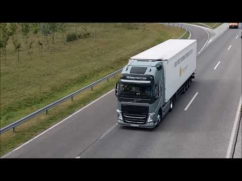 Volvo Trucks platooning in Hungary first time