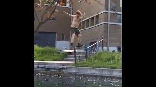 まさかの結末!川に落ちた男性の手に……。