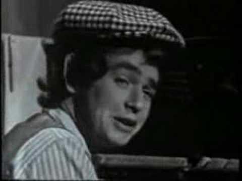 Ian Whitcomb - Where Did Robinson Crusoe Go