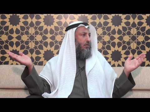 هل يجوز أصلي منفرد في الصف الثاني أم أسحب شخص من الصف الأول الشيخ د.عثمان الخميس