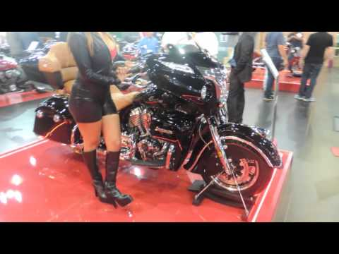 indian motorcycle sal o duas rodas 2015 motos no stand youtube. Black Bedroom Furniture Sets. Home Design Ideas