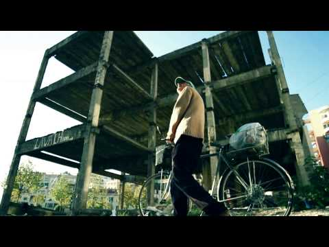 EGLAND ft B2N - 2 METRA NEN TOKE (OFFICIAL VIDEO) 2011