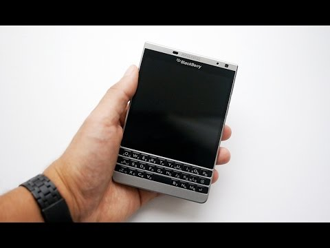 Обзор BlackBerry Passport Silver Edition [max-review.ru]