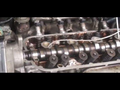 Exhaust smoking Prepare valve spring compressor Honda