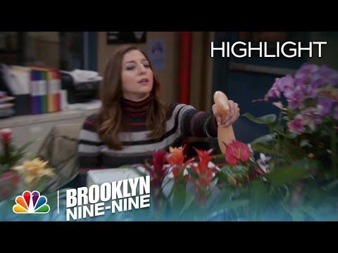 Brooklyn Nine-Nine - Gina Solves Her Green Problem (Episode Highlight)
