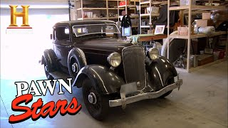 Pawn Stars: THE OLD MAN CUTS A DEAL FOR A RARE