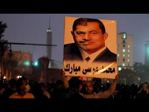 Tens of Thousands of Egyptians Protest Morsi's Power Grab