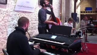 Concert Atémy Juin 2012 Art & Jazz dans ma cour Hermonville Valse