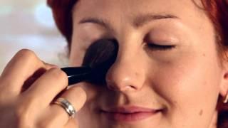 видео Ежедневный макияж деловой женщины.