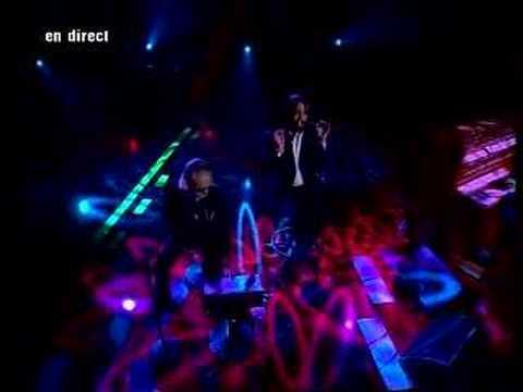 Sébastien Tellier et Christophe - La Dolce Vita (Live on French TV)