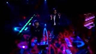 Baixar Sébastien Tellier et Christophe - La Dolce Vita (Live on French TV)