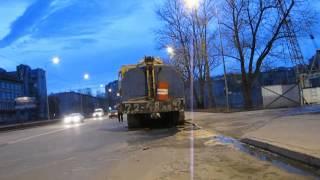 Перевозка гусеничного крана МКГ. Аренда трала(, 2013-05-13T18:48:28.000Z)