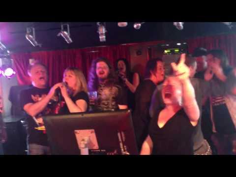 Karaoke på Rockklassiker-kryssning