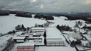 Drohnenflug über die verschneite Schweiz - Forch ZH im Dezember 2017 mit DJI Mavic Pro