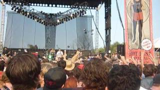 NOFX - Stickin in My Eye (Mosh) (Riot Fest 2012)
