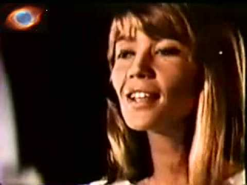 Françoise Hardy - La Maison où J'ai Grandi (rare video 1969)