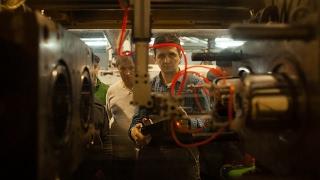Промышленный робот-манипулятор ARKODIM в Ростове-на-Дону(В Ростове-на-Дону на предприятии занимающемся литьём тонкостенных изделий из пластика в декабре 2016 был..., 2017-02-06T10:25:50.000Z)
