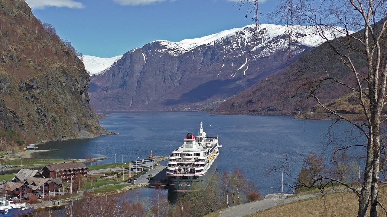 Flam Norway On The Braemar Cruise Ship Flåm Norge YouTube - Cruise ship norway
