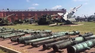 Двор Военно-исторического музея артиллерии, инженерных войск и войск связи