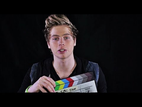 5SOS Luke Calum Ashton and Bryana Holly Youre Right Shes Kinda Hot from YouTube · Duration:  42 seconds