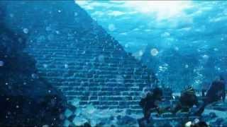 Стеклянные Пирамиды на дне бермудского треугольника(, 2013-01-15T11:58:09.000Z)