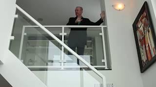 2-х поверхова квартира у Торонто, Онтаріо, Канада. імміграція в Канаду. Емігрант. Canada. Сергій Гудін