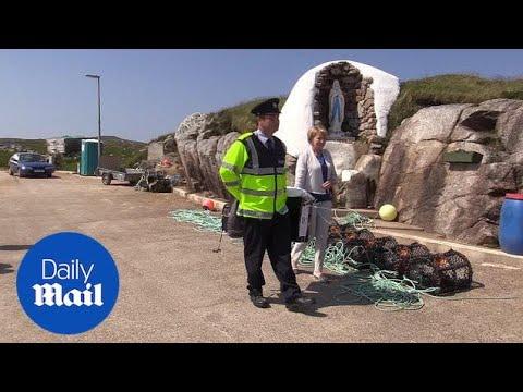 First votes cast in Irish abortion referendum off mainland of Ireland - Daily Mail