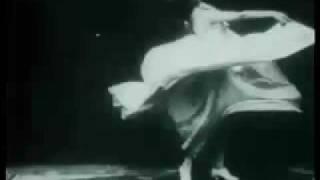 Art Nouveau danza psychedelica, Etnica Triptonite, Loie Fuller