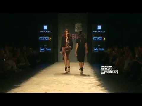 Colombia Moda 2015-  Desfile 15 años de Fucsia by Carlos Carrizosa y Papel de Punto.