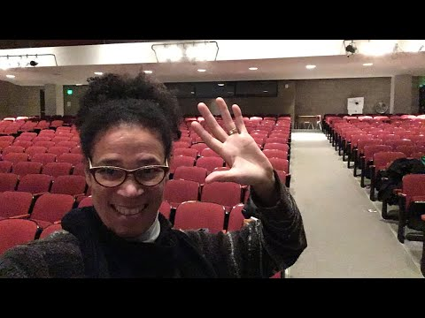 TGIF!!! One Hundred Thirty One Hours To 4K!!! A High School Teachers Daily Vlog  41