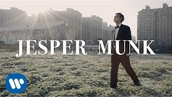 Jesper Munk - Happy When I'm Blue (Official Video)