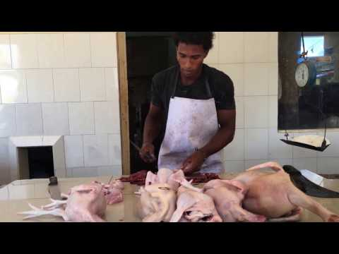 How to cut chicken, Dominican Republic style.