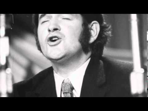 Dafydd Iwan - Gweddi Dros Gymru