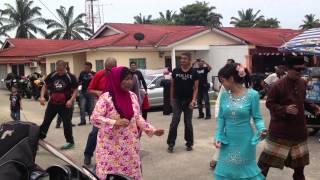 Tarian Poco-poco di Majlis Perkahwinan di Batang Melaka, Melaka, Malaysia