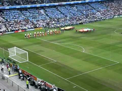 The songs of soccer, from stadium anthems to Ronaldo′s solo | Music