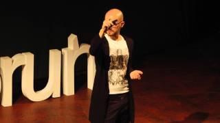 Jak religia i psychologia zabija miłość | Robert Rient | TEDxToruń