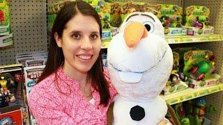 Toys R Us Toy Hunt Imaginext Frozen Disney Princess Minecraft Legos Peppa Pig Toy Hunting