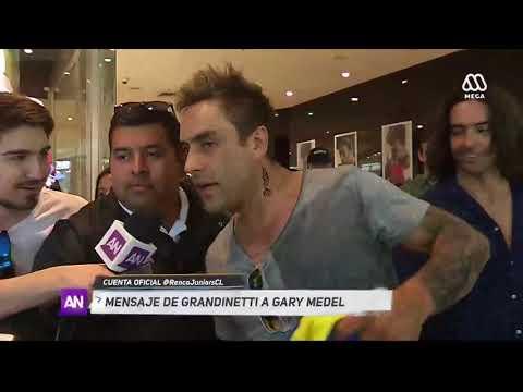 Gary Medel le habla al Renca Juniors