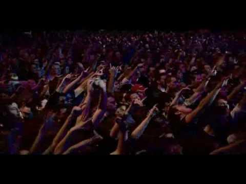 15. Alter Bridge - Broken Wings LIVE