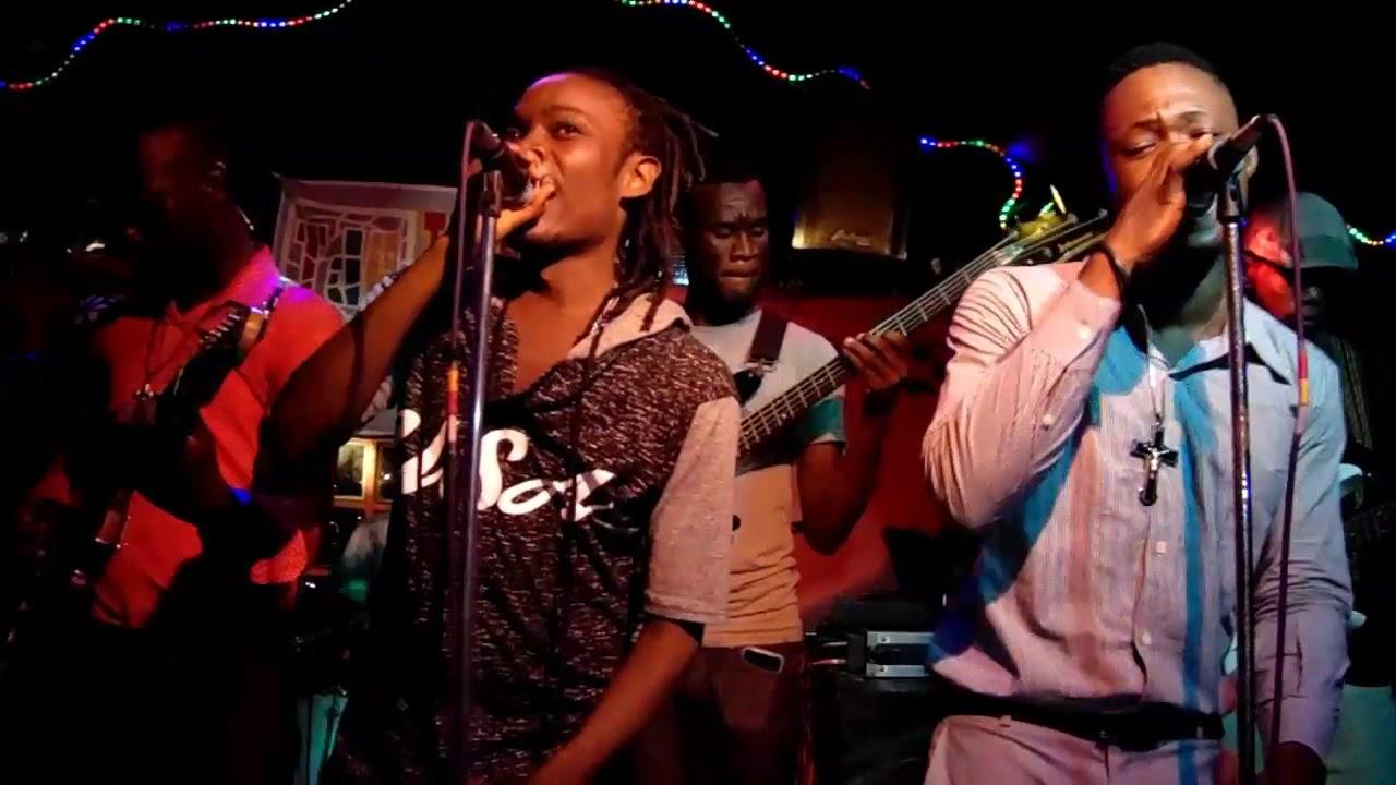 Download LasK - Rosie (Sinik Mizik) LIVE Terrasse des Arts [August 2, 2017]