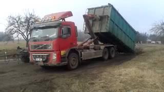 Volvo FM12 6x4 + Palift natahování kontejneru