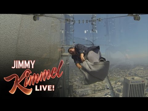 guillermo-tries-the-terrifying-skyslide