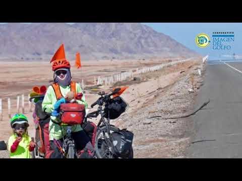 Familia recorre el continente en bicicleta