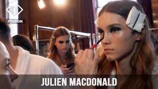 London Fashion Week Fall/WItner 2017-18 - Julien Macdonald Make up  | FTV.com