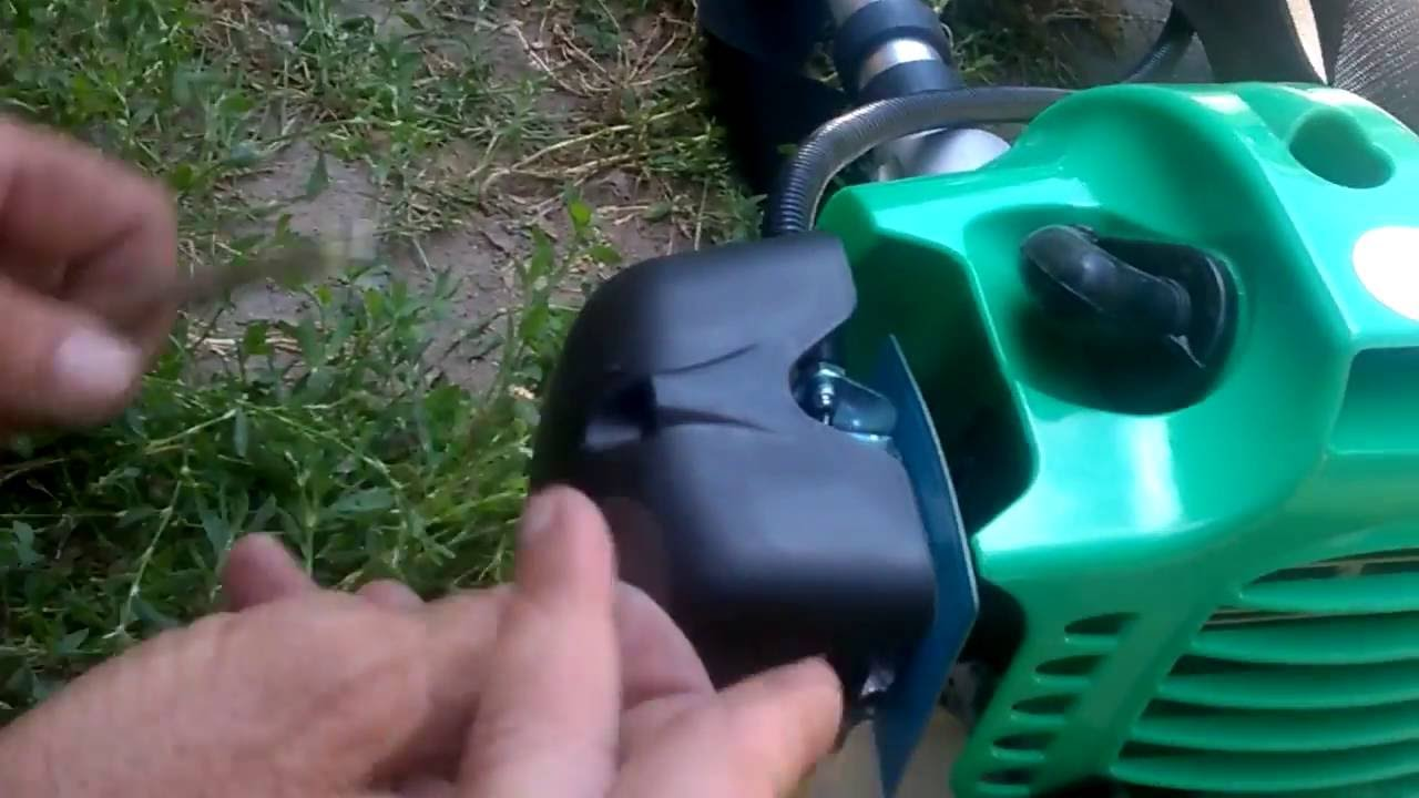 Бензокоса Tatra Garden BCU 50. Инструмент в работе. - YouTube