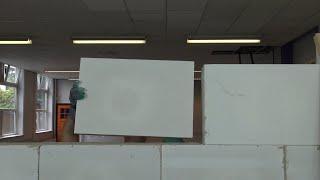 Muur lijmen van cellenbetonblokken