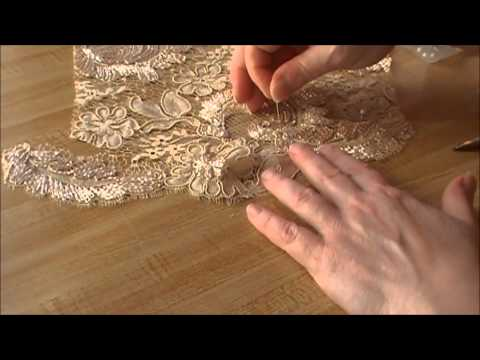 haute-couture-lacemaking